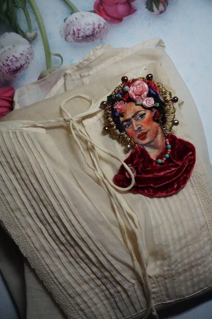 Frida brooch by Victoria Rose Martin